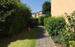Hengsteyer Str. 16 - Weg zum Garten
