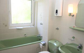 Badezimmer, weiß7grün